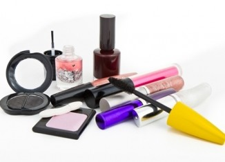 Boiling your makeup and beauty products down to the essentials is a challenge, but it will make packing much easier.