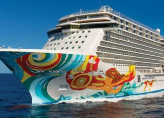 Norwegian Cruise Line adds lifeguards amid mounting industry pressure