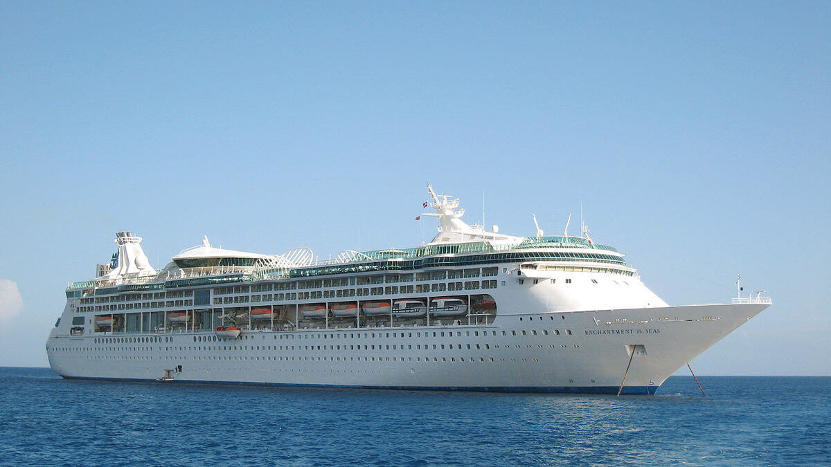 Royal Caribbean Cruise Ships To Deliver Supplies Evacuate People - Cruise ship supplies