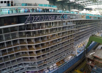 Crisis of the Week: Royal Caribbean's Stormy Cruise